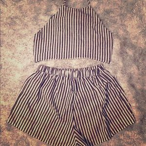 2 PIECE WHITE AND GREY BLACK CROP TOP AND SHORTS